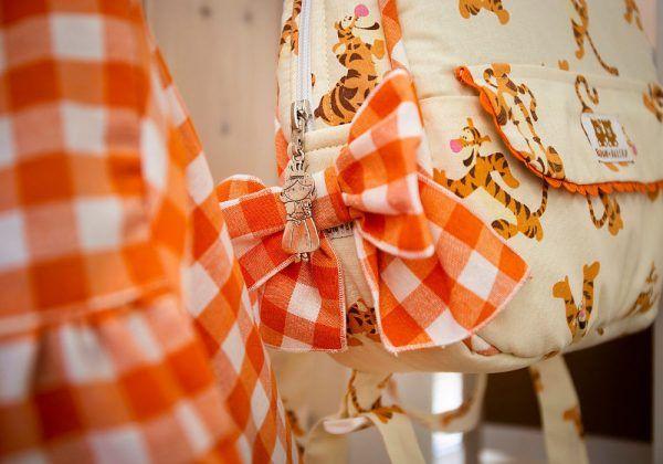 Mochila Tiger y Baby Vichy Naranja